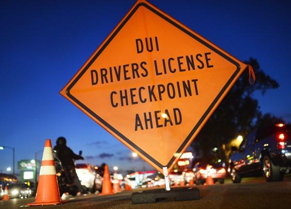 Punto de Control de Conducción Afectada por DUI y DWI
