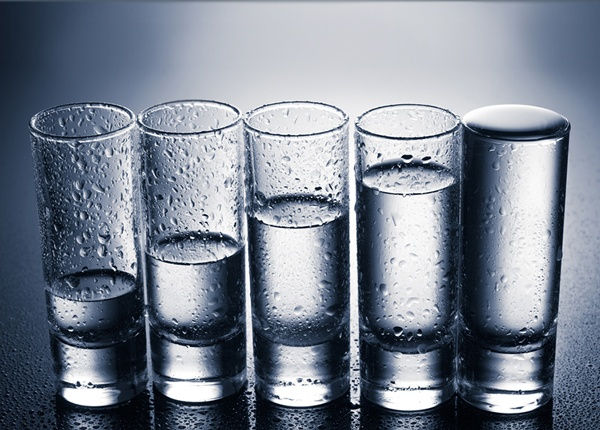 Tasas de Consumo y Eliminación de Alcohol