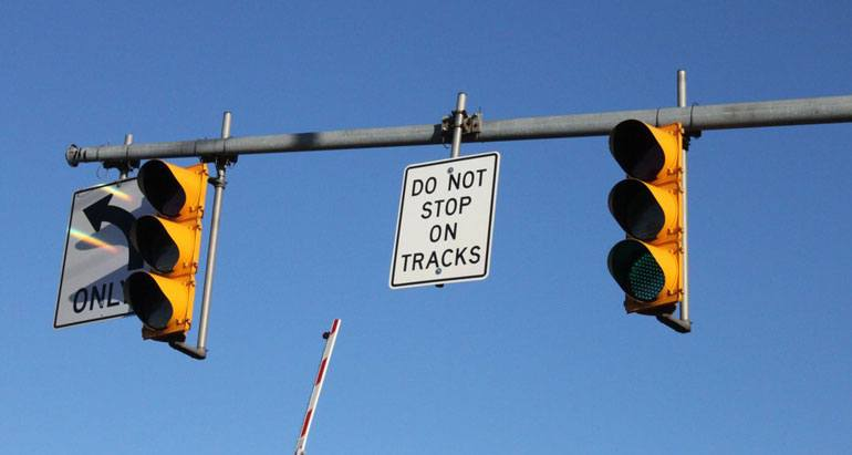 Do not stop on railroad tracks