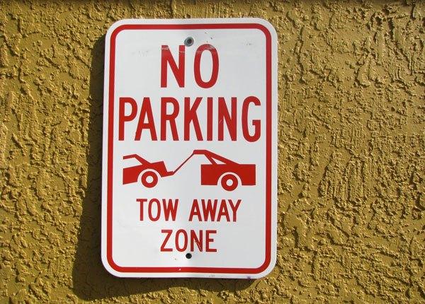 Prohibiciones y Restricciones de Estacionamiento
