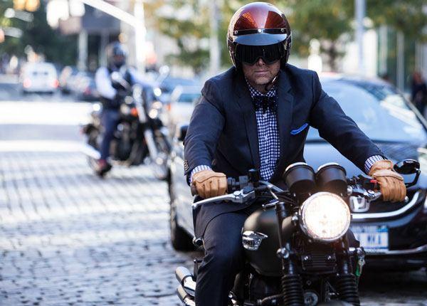 Conducir Cerca de Motocicletas de Manera Segura