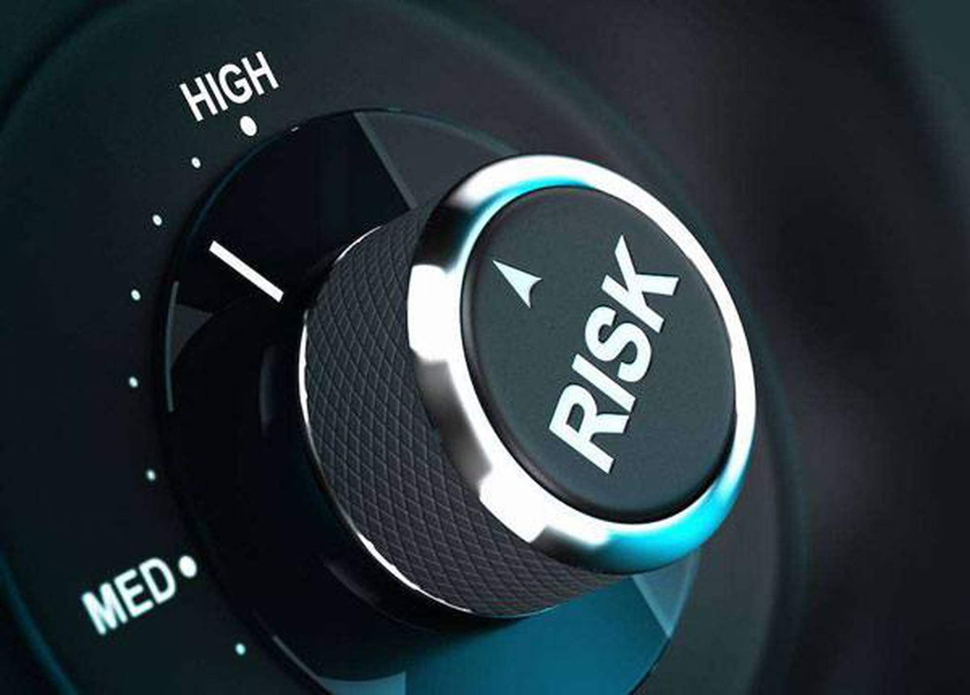 Strategies to Minimize Driving Risks