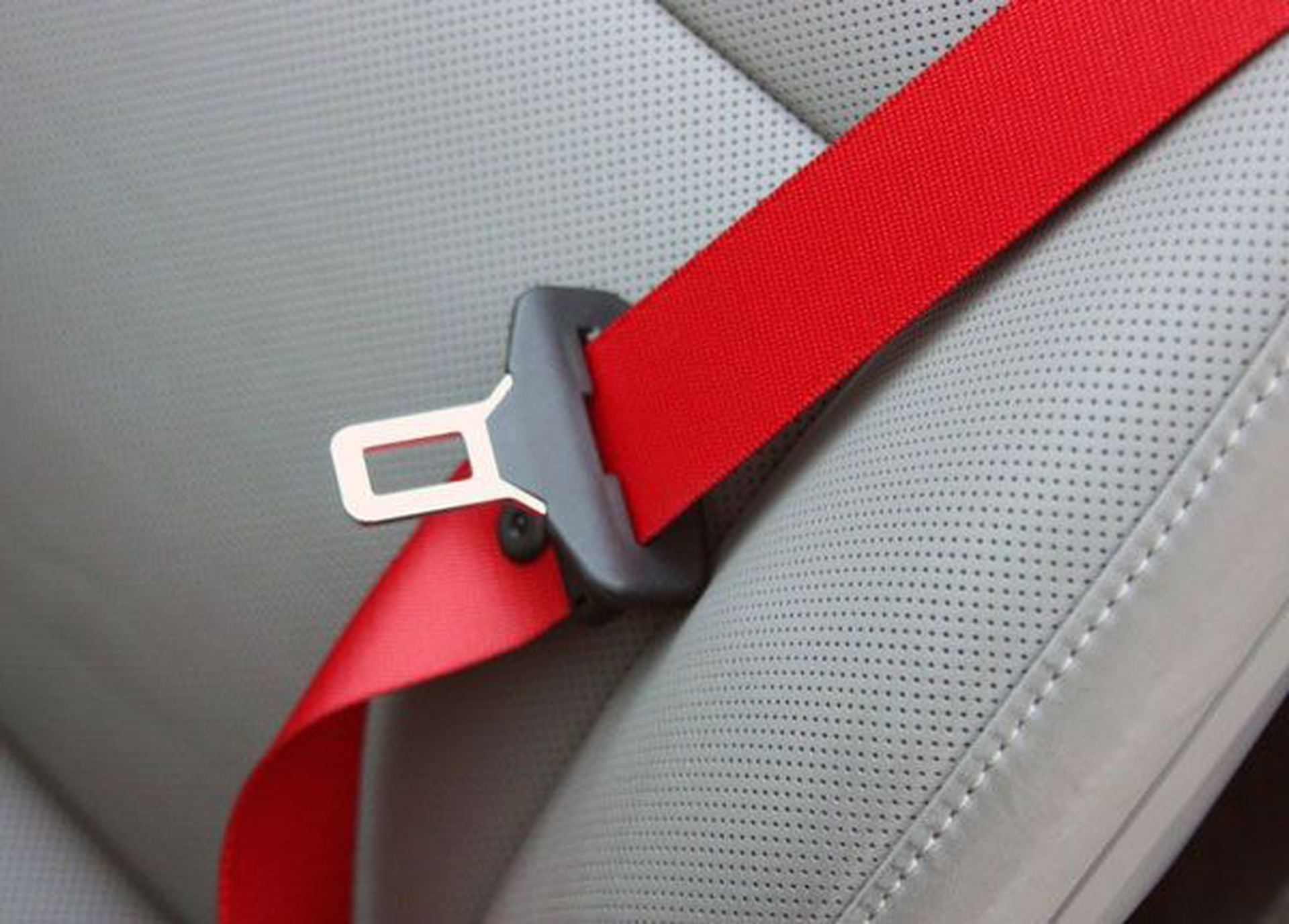 Seat Belt Laws & Regulations in the US