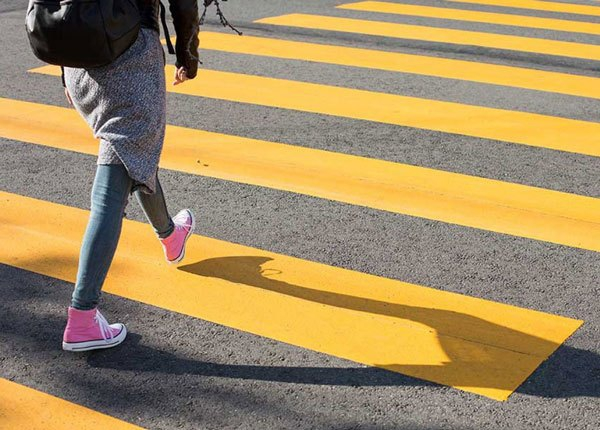 Right of Way Rules at Pedestrians Crosswalks