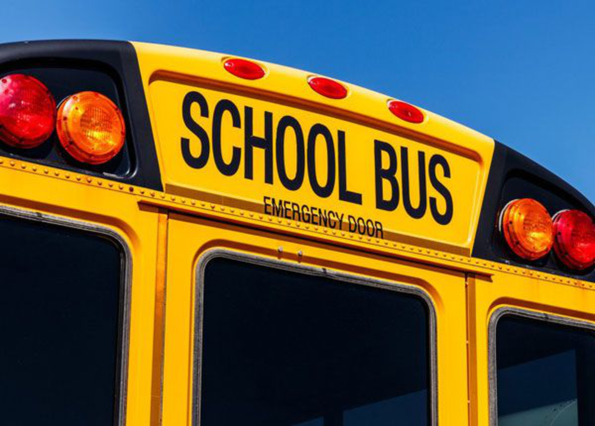 Driving Around School Buses: When to Stop